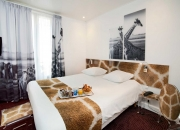 Acril'it Sublimation - Hôtel le Cardinal - Chambre Girafe